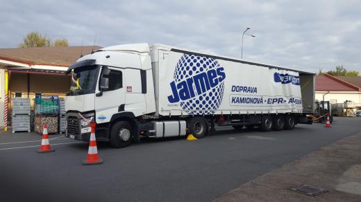 jarmes-auto-foto-02